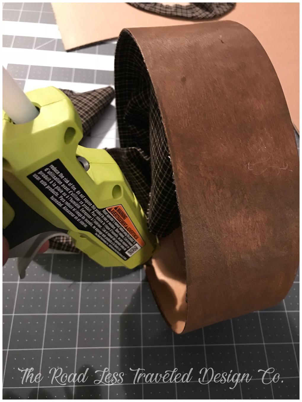 Bead of Glue Along Edge
